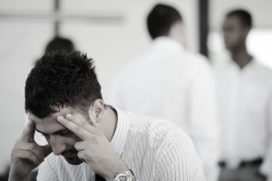 s_business-people-with-stress-and-worries-in-office_SKmgeGwR4s